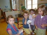 Les petits et tout petits découvrent leur classe