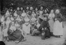 Groupe d'Ursulines Sainte-Angèle au début du 20ème siècle